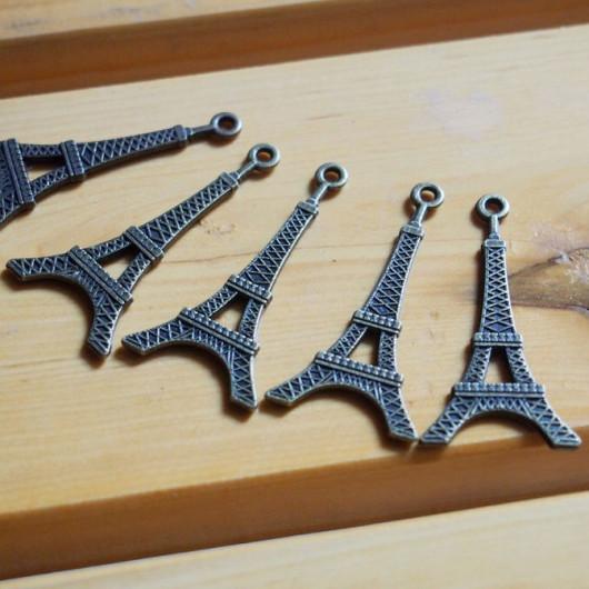 alloy EIFFEL TOWER bracelet pendant