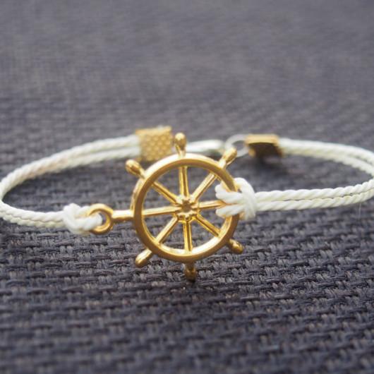 Gold rudder bracelet