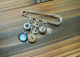 button kilt pin for boys men