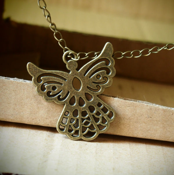 big butterfly necklace retro style  handmade vintage necklace  wholesale necklace  the best gift
