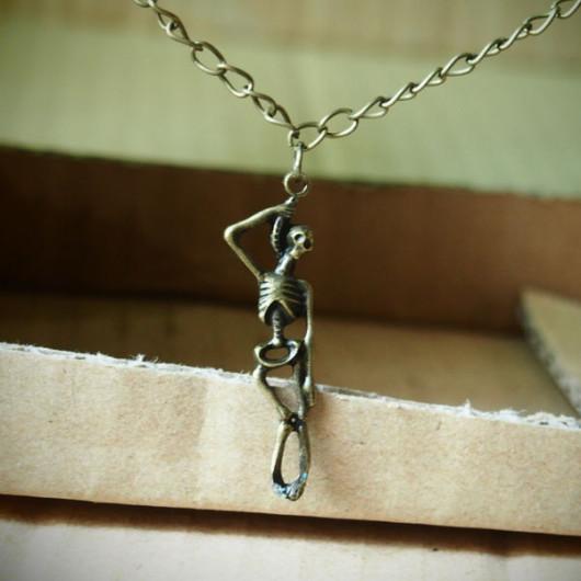 Skull-Necklace-Handmade-Vintage-Bronze