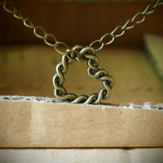 Twisted-Heart-Necklace