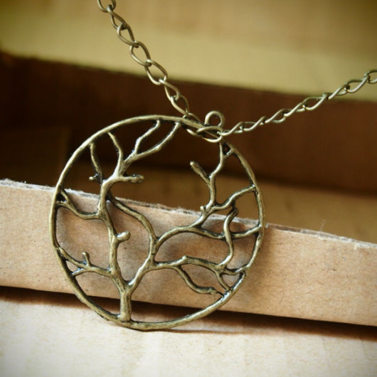 a-tree-of-life-necklace
