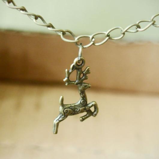 cute-deer-necklace-bronze