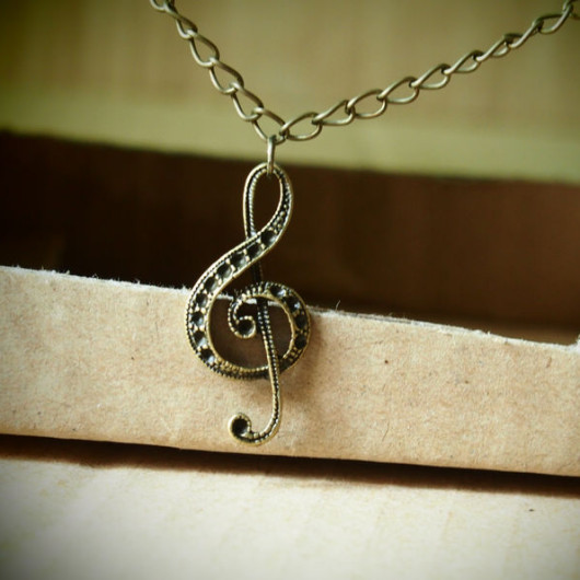 music-necklace-bronze