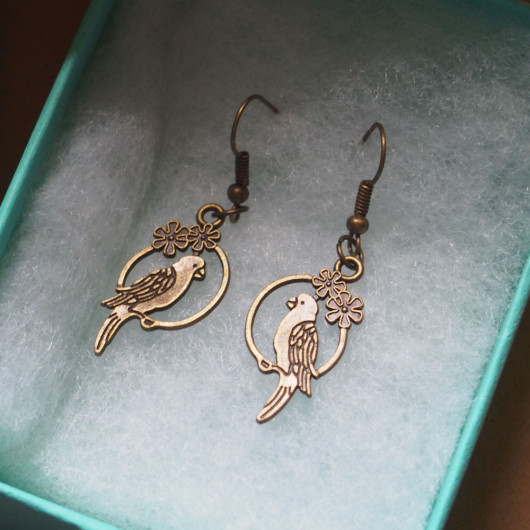 Parrot-earrings-for-women-bronze