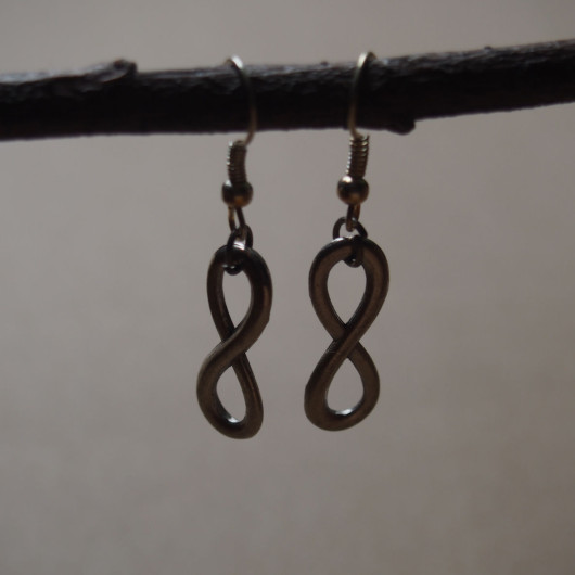 infinity-sign-earrings-for-girl-vintage-silver
