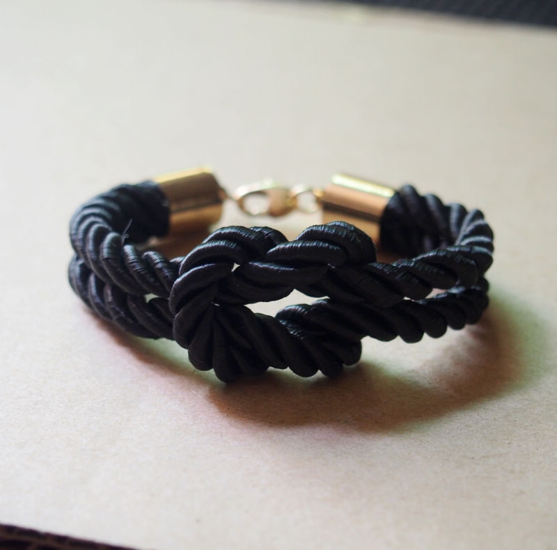 mens-bracelet-black-with-gold-plated-to-pure-copper-bracelet-charm