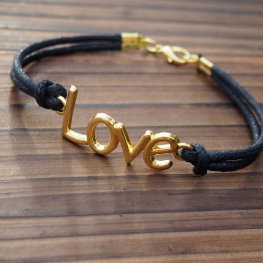 Love-Bracelet-Gold