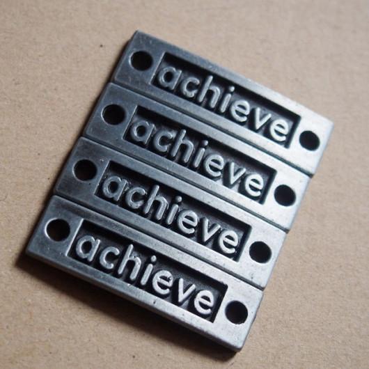alloy pendant achieve