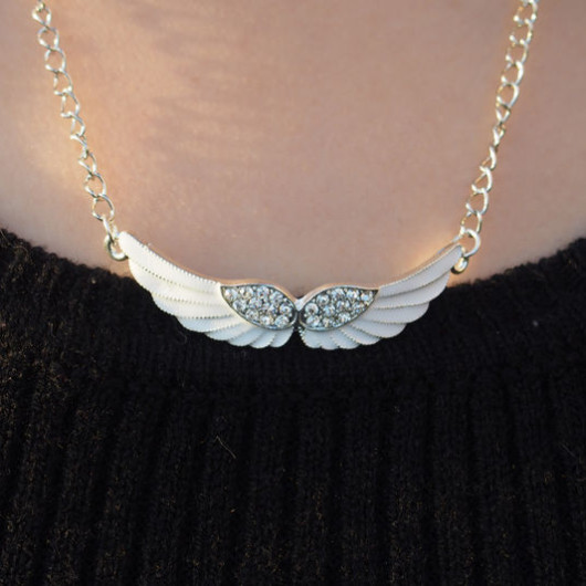 Angel-wings-necklace-bling-diamond-silver-necklace