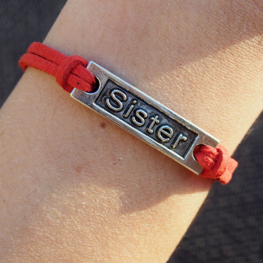 DIY-bracelet-Sister-bracelet-charms-findings-red-leather