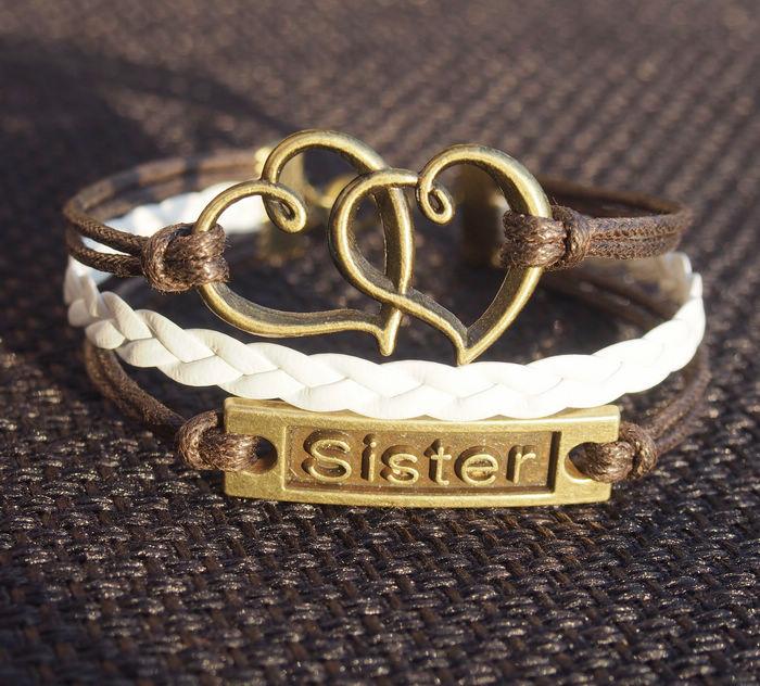 heart-to-heart-sister-bracelet-in-Bronze