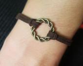 karma-bracelet-brown-leather