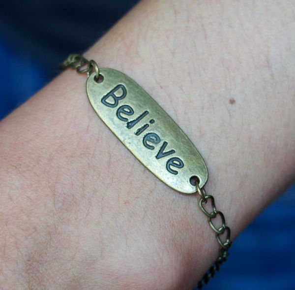 letters-of-believe-words-pendants-bracelets-chain