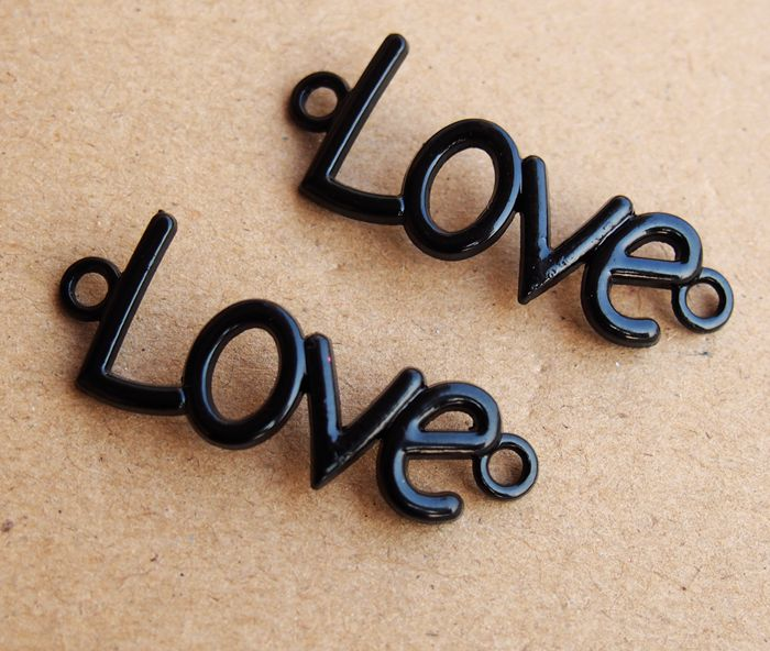 love-letters-pendants-black