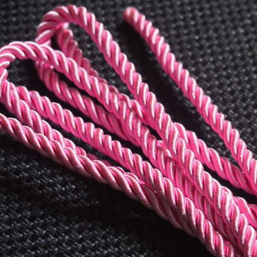 silk-rope-cord-pink