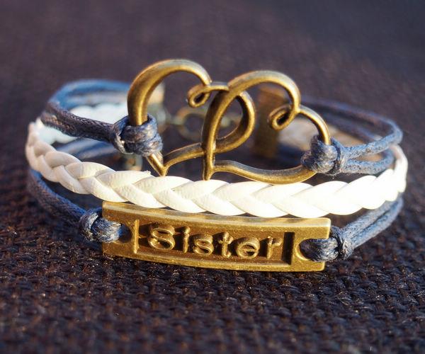 Blue-and-white-charm-bracelet-heart-to-heart-sister-bracelet