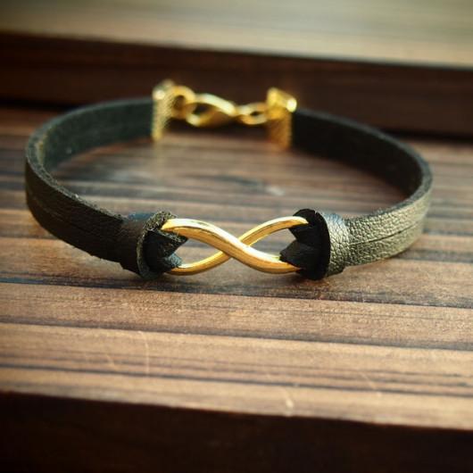 Gold-Infinity-Bracelet-for-men