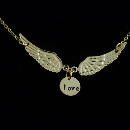 Gold-angel-wings-with-love-initals-disc