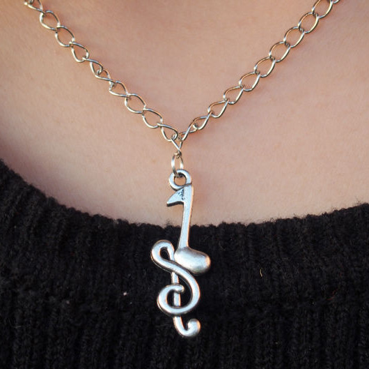 Music-Sign-necklace-for-girl-friend