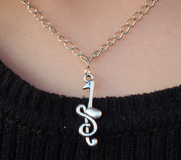 music sign necklace in silver for girls  charm necklace for women  best gift jewelry for girl