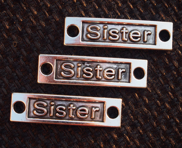 Silver-Sister-pendants-letters-word-craft-supplies