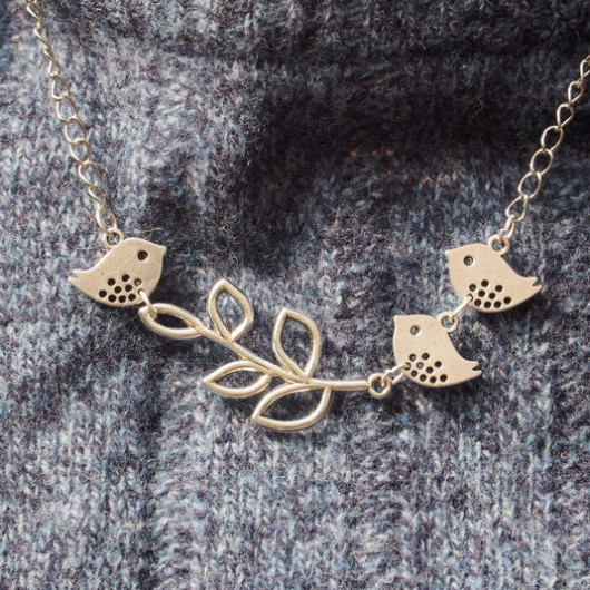 branch-with-three-birds-necklace-in-silver