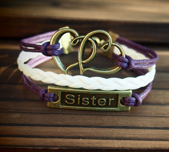 heart-to-heart-and-sister-charm-bracelet1