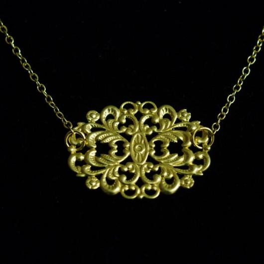 monogrammed-necklace-in-18K-gold