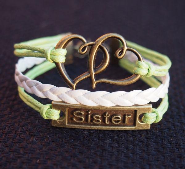 sister-bracelet-heart-to-heart-bracelet-charm-green-with-white