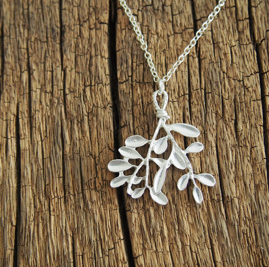tree-leaf-necklace-silver
