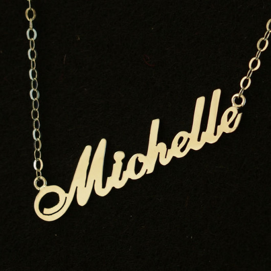 silver-personalized-name-necklace