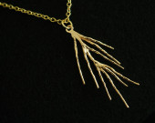 Gold-branch-necklace-for-mommy