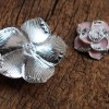 findings-craft-supplies-flower-with-bling