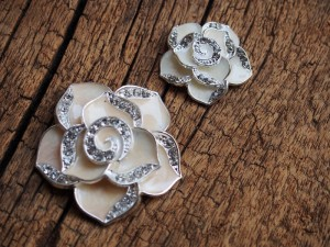 flower-findings-bling