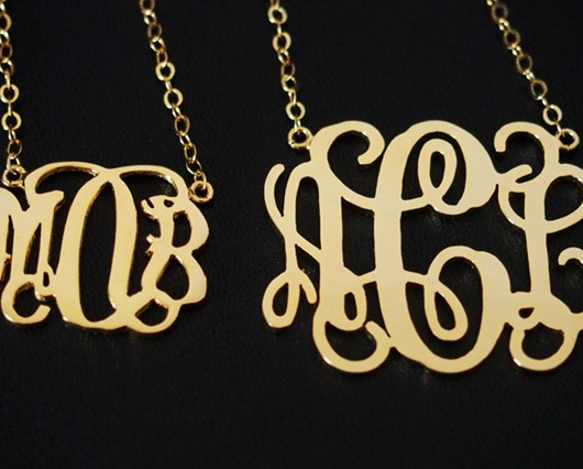 monogrammed-necklace-gold