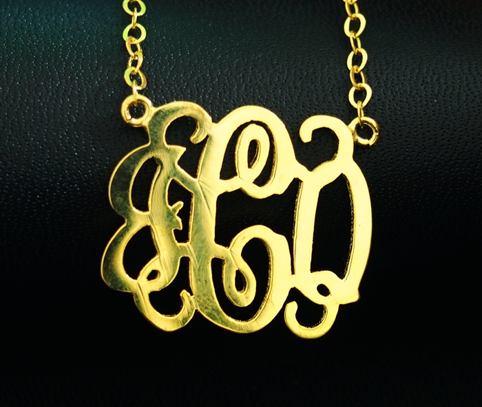 monogrammed-necklace-gold-for-mothers-day-gift