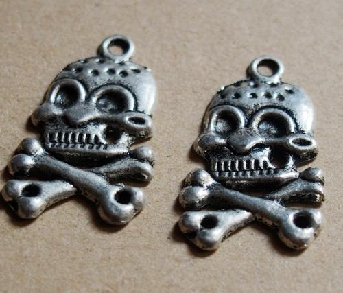 pirate-skull-pendants-wholesale