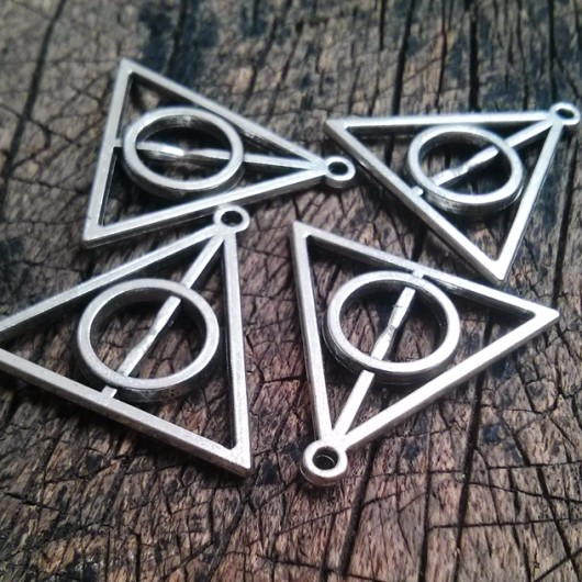 wholesale deathly hollow pendants online