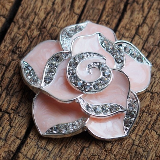 wholesale-flower-bling-pendants