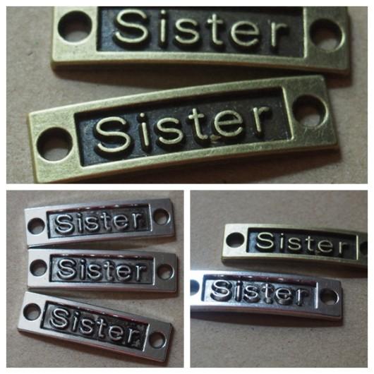 Sister-pendants