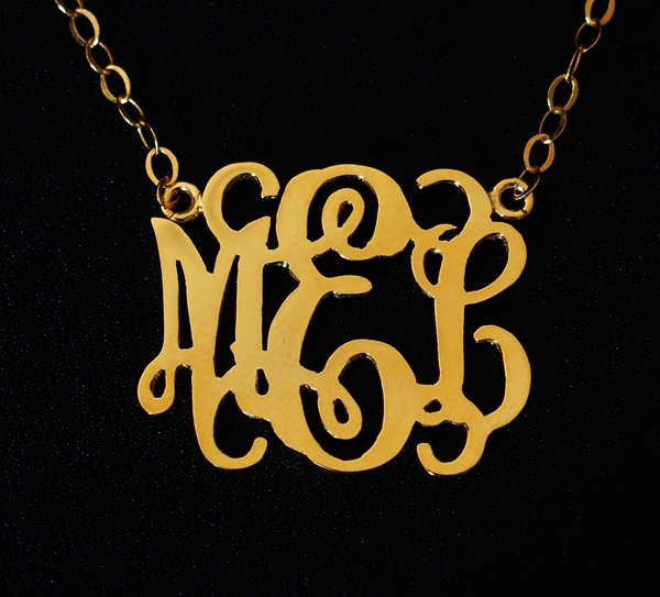 custom-necklace-initial-necklace
