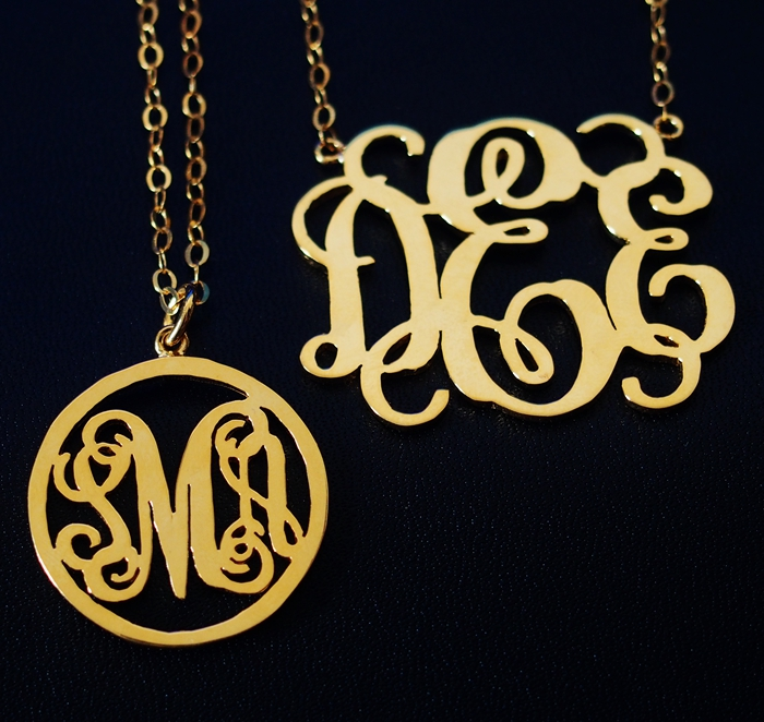 monogram-necklace-gift