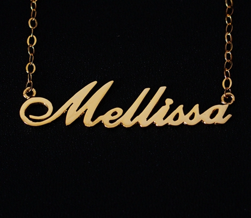nameplate-necklace