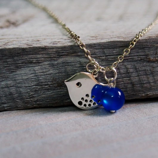 bird-necklace-with-bead
