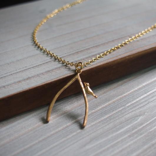 bird-on-branch-necklace-gold