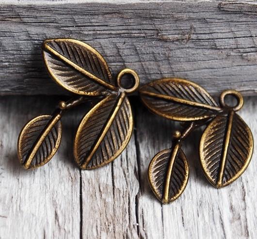leaf-pendant