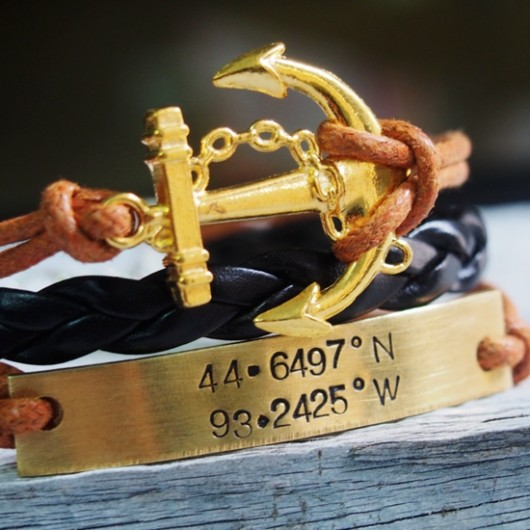 gold-anchor-bracelet-coordinate-bracelet