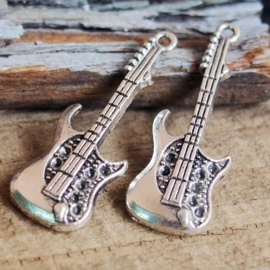 guitar-pendants
